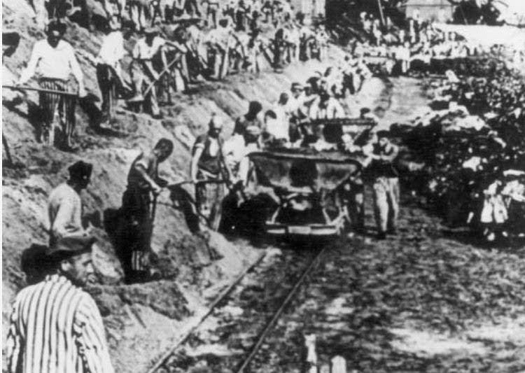 Fangene i Sachenhausen arbeidet i kalksteinsbruddet. Foto: Arkivfoto.