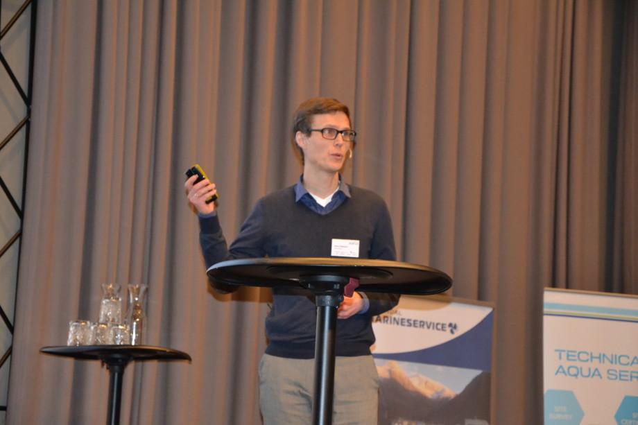 Hans Bjelland, Centre Director ved Sintef sier risikoen i oppdrettsnæringen må ned. Foto: Ole Andreas Drønen/Kyst.no