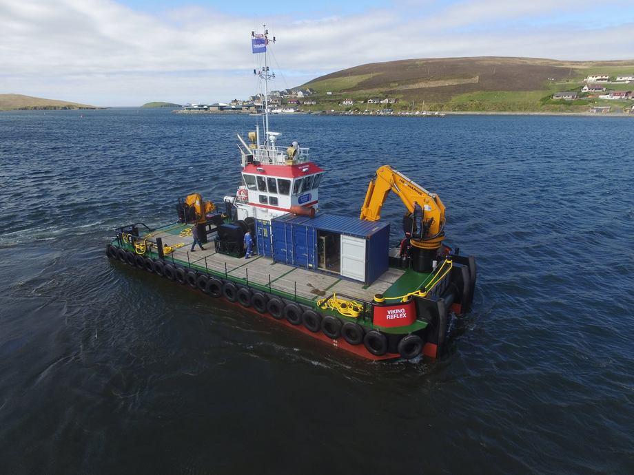 Viking Reflex er en av arbeidsbåtene til det skotske brønnbåt- og serviceselskapet Johnson Marine Ltd. Foto: Johnson Marine Ltd.