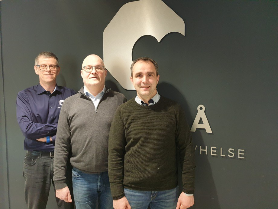 From left: Åkerblå staff Asgeir Østvik, Roger Sørensen and Arild Kjerstad. Photo: Field blue.