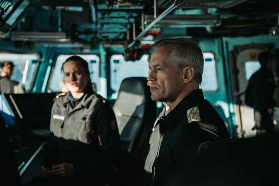 Nils Andreas Stensønes, kontreadmiral og sjef for Sjøforsvaret svarer på spørsmålet: Helge Ingstad - Hva ble gjort? under Haugesundkonferansen Foto: Emil Wenaas Larsen/ Forsvaret