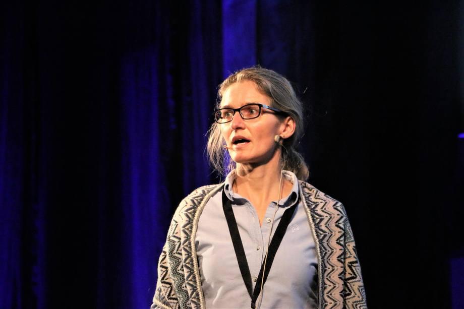 Prosjektleder Camilla Røhme i Statens Vegvesen kaller utviklingen i fergetransporten for en revolusjon Foto: Helge Martin Markussen
