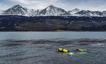 Científicos del Centro IDEAL investigan los efectos del freshening en las aguas de la Patagonia. Foto: Centro IDEAL