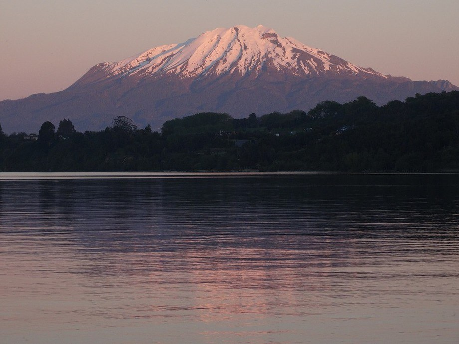 Imagen referencial del Lago Llanquihue. Foto: Archivo Salmonexpert.