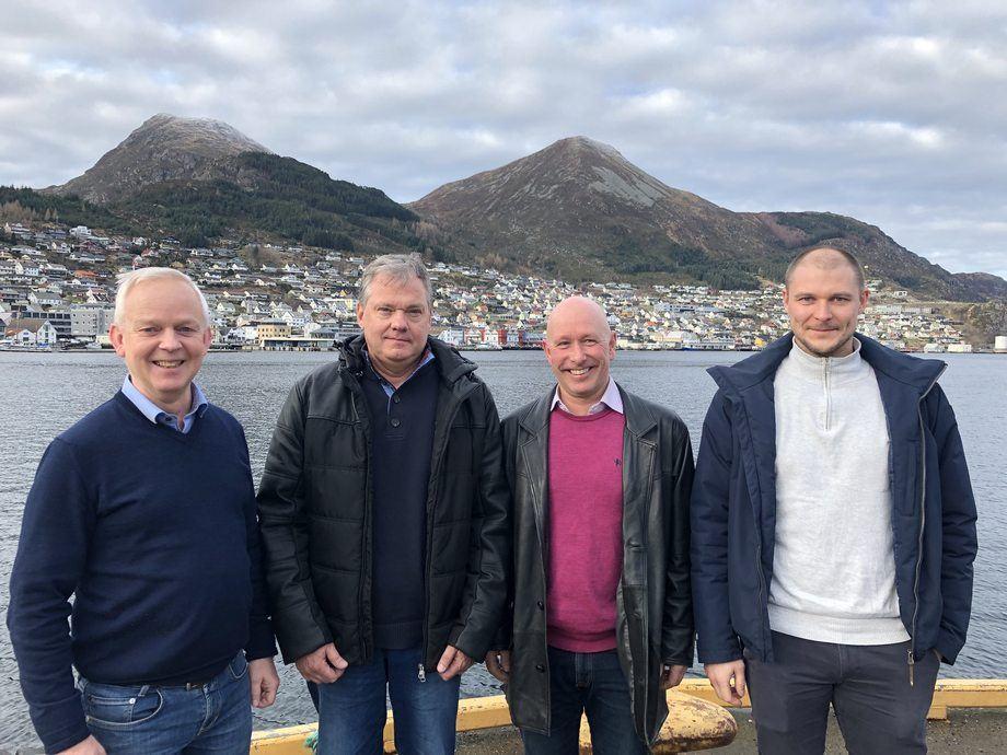 Bildet fra venstre: Hans Petter Selstad, Ronny Guttormsen, Roy Stensgaard og Kjetil Holvik. Foto: Selstad.