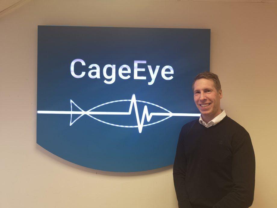 Kasper Løberg Tangen er nyansatt i CageEye, og sier han har stort fokus på fiskevelferd og vil alltid ta utgangspunkt i biologien og dyrenes behov. Foto: CageEye.