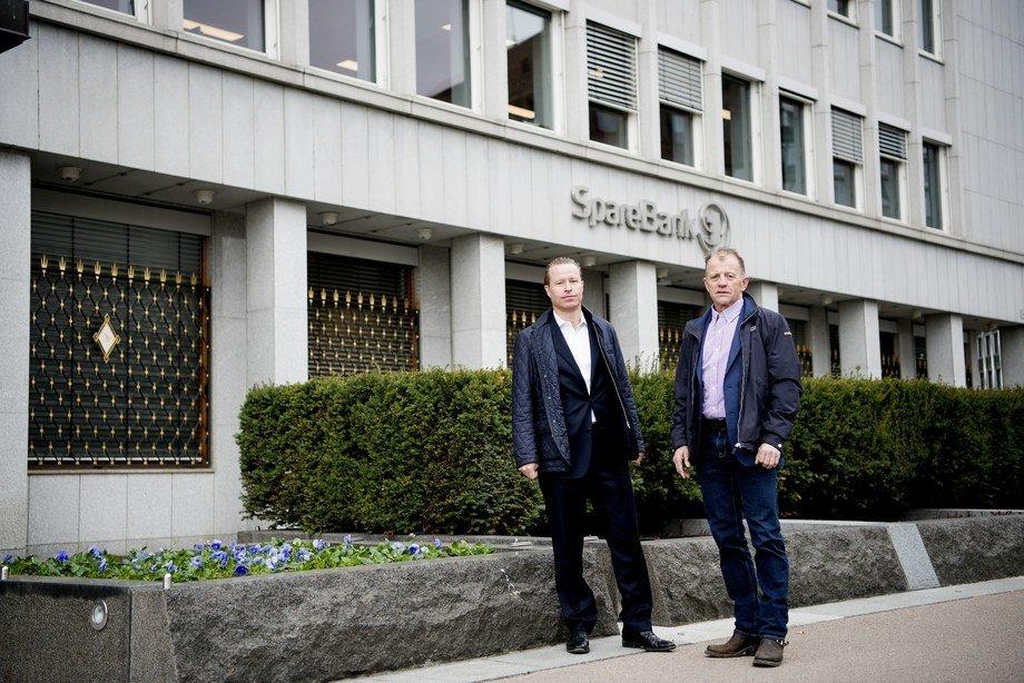Gründeren bak Nekst-prosjektet Kjell Audun Aasen (til høyre) sier det er lettere å jobbe når de får den lokale støtten fra politikerne. Her er han avbildet med markedsdirektør Nils Hovtun (til venstre). Foto: Mikaela Berg.