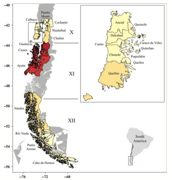 Las comunidades más vulnerables o expuestas son aquellas con mayores densidades de producción y una mayor dependencia económica en el sector salmonicultor: Imagen: Soto y col., 2019.