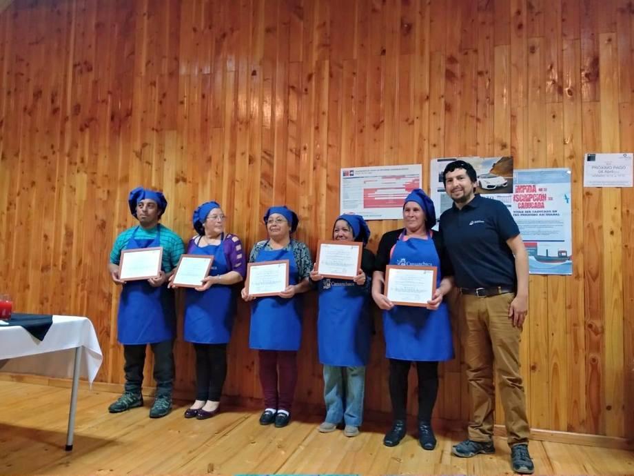 Los 18 beneficiarios pertenecen a la comuna de Chaitén. Foto: Salmones Camanchaca.