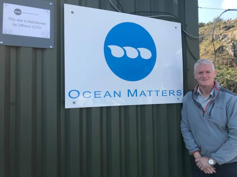 Ansvarlig for produksjon og tekniske tjenester i Mowi Skottland, Dougie Hunter, håper at oppkjøp av Ocean Matters vil øke produksjonen av rensefisk. Foto: Mowi Skottland.