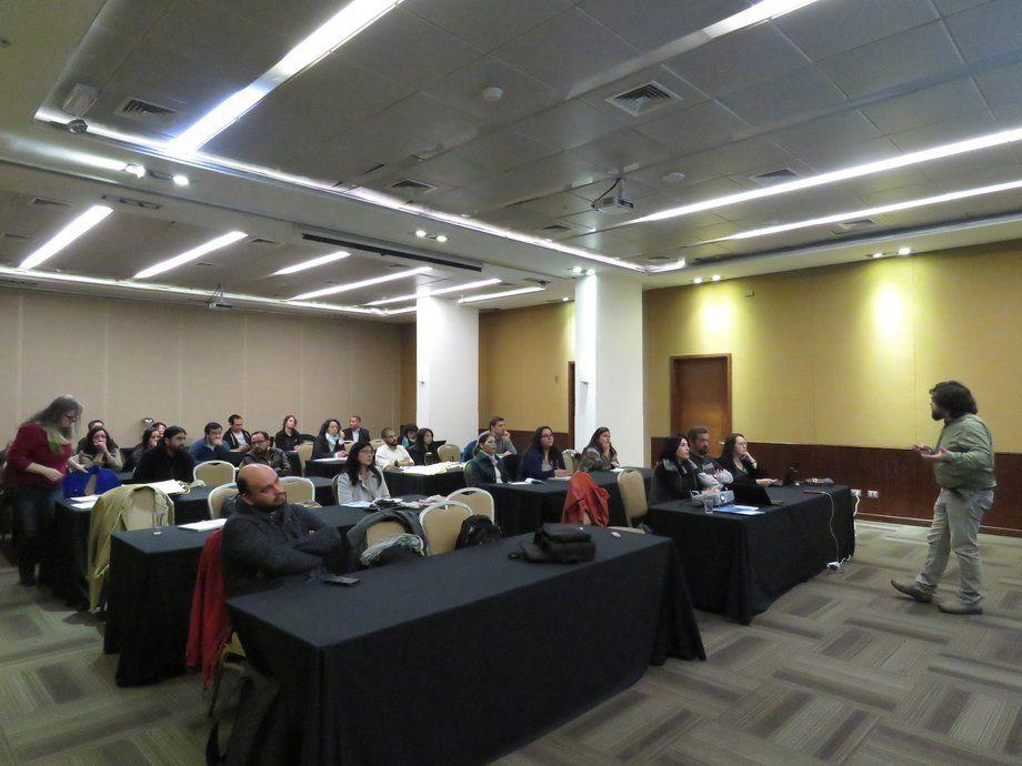 """El taller de difusión del """"Estudio del desempeño ambiental de la acuicultura en Chile y su efecto en los ecosistemas de emplazamiento"""" fue organizado por el IFOP. Foto: Francisco Soto, Salmonexpert."""