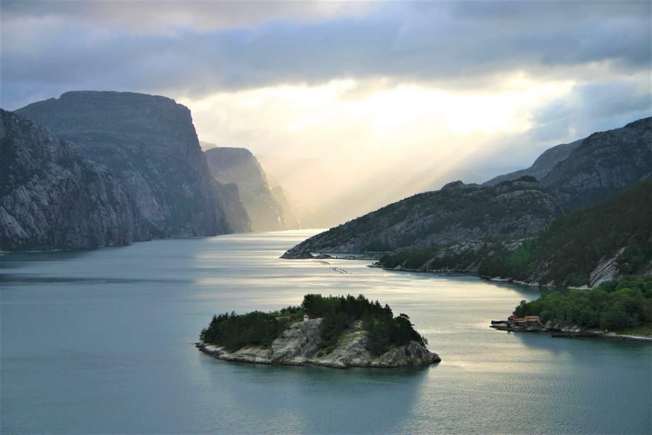 Fjord i Rogaland. Illustrasjonsfoto: Blue Planet AS.