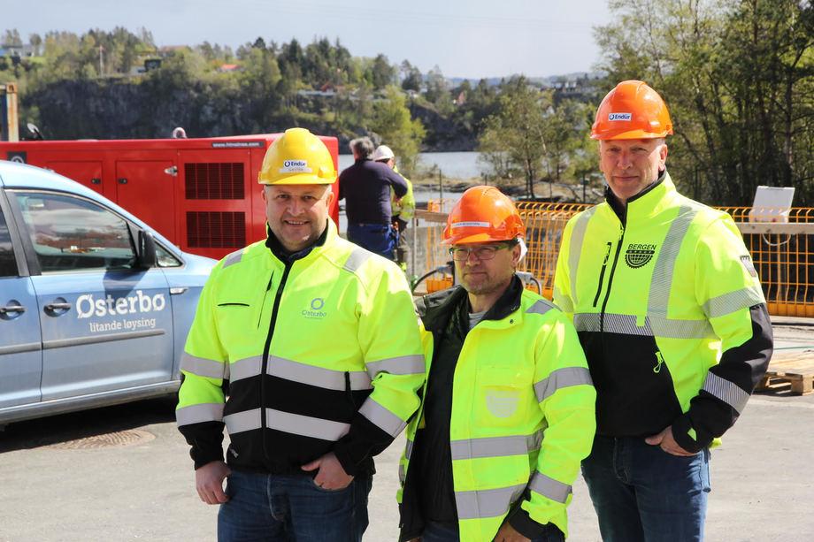 Gjengen på synfaring. F.v. Arve Søreide (Østerbø Maskin AS), Per Bessesen og Frode Johansson – begge fra Endúr Sjøsterk AS. Foto: Endúr Sjøsterk AS.