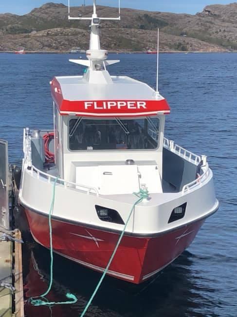 Personalbåten Flipper har to motorer, og toppfarten ligger på ca. 36 knop. Foto: Seløy Sjøfarm AS.