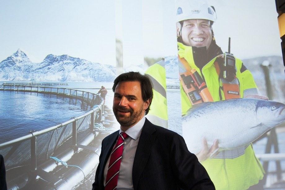 Sjur Malm, konserndirektør for økonomi og finans, forteller at Lerøy Sjøtroll fortsatt har utfordringer. Foto: Harrieth Lundberg