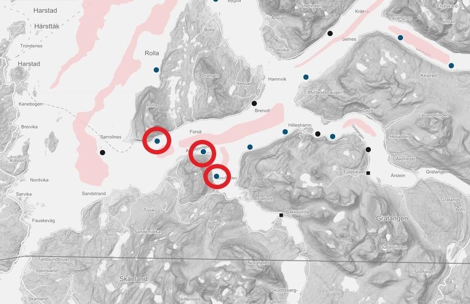 Sørrollnesfisk er en av oppdretterne som har blitt rammet av algeoppblomstringen. Her vises deres aktive lokaliteter i Astafjorden. Klide: Barentswatch.