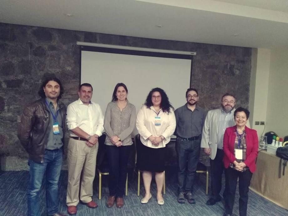 Investigadores participantes del simposio. Foto: Rubén Avendaño-Herrera.