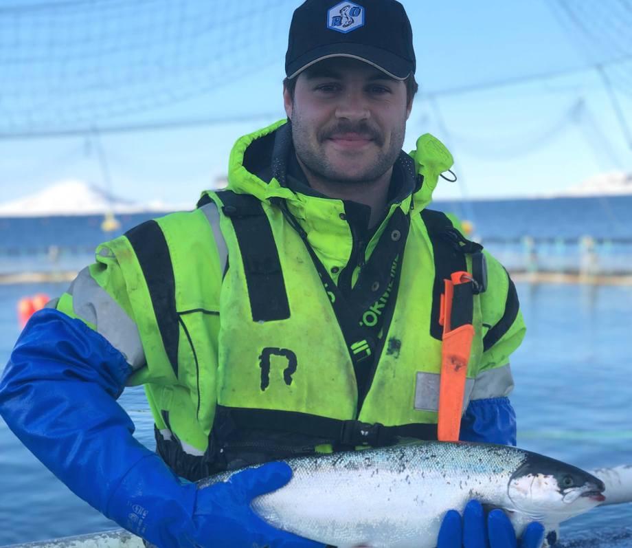 Jonas Jørgensen Sjøvoll kunne ikke si nei til en driftleder-stilling hos Nova Sea da muligheten bøy seg. Foto: Privat.
