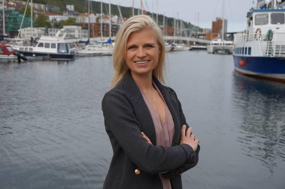IngebjørgSævareid sine ambisjoner er å sette fiskevelferd på dagsorden, samt være en god faglig sparringspartner for Salmon Group sine aksjonærer. Foto: Salmon Group.
