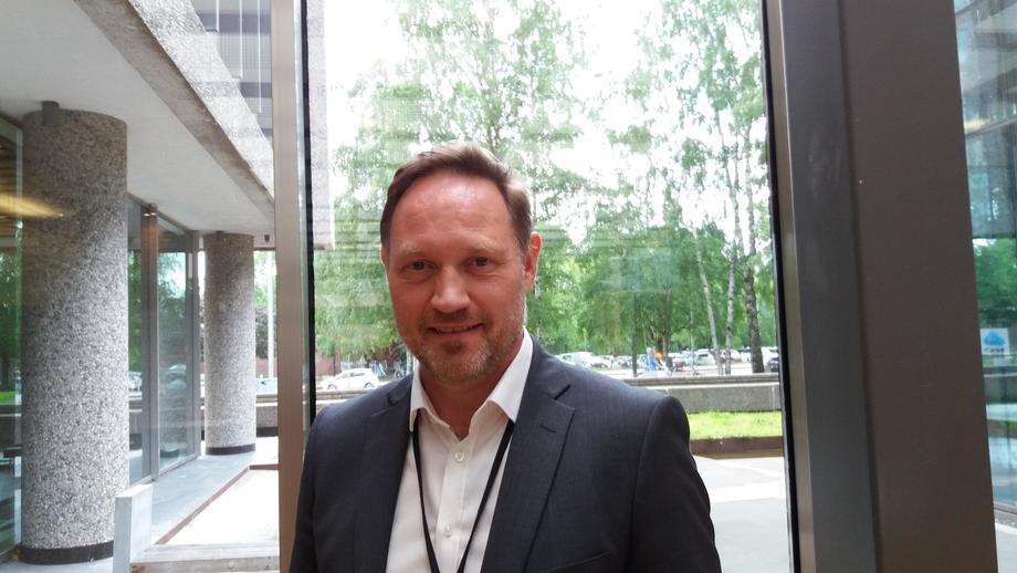 Fagsjef Stål Heggelund i Norsk Industri forteller at det er flere utfordringer knyttet til digitalisering av data i havbruksnæringen. Foto: Harrieth Lundberg.