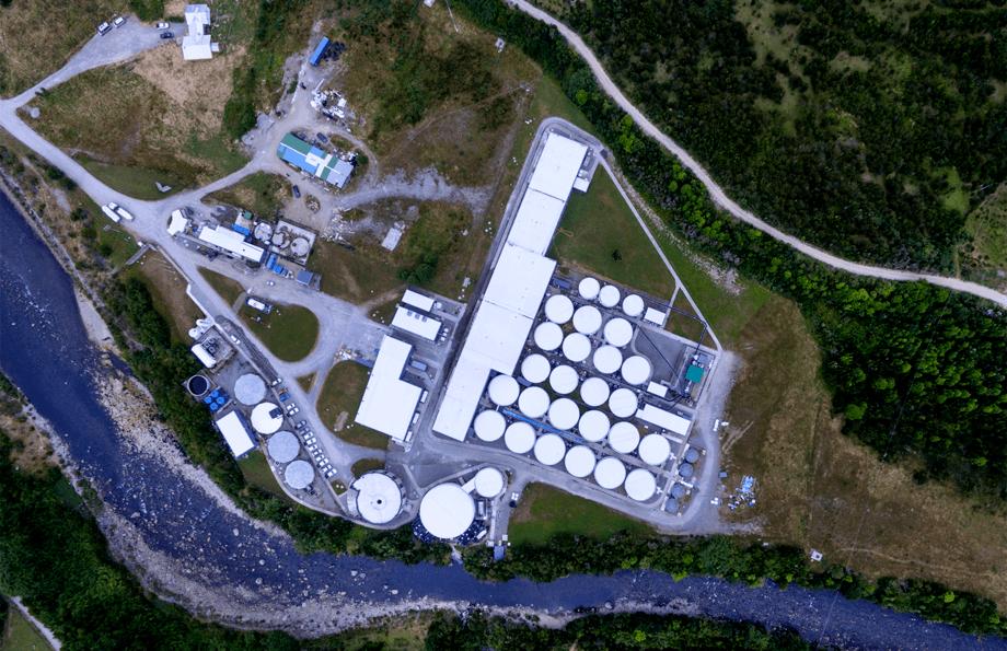 Benchmark tomó participación del 49% de las instalaciones de AquaChile en Chaicas en junio del año pasado. Foto: Benchmark.