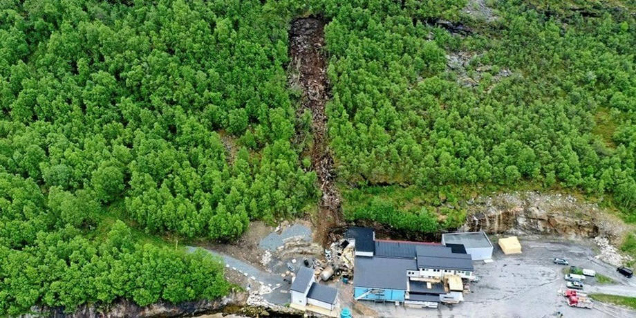 On Saturday, Salaks experienced a landslide that damaged its production facility. Photo: Salangen Fire and Rescue.