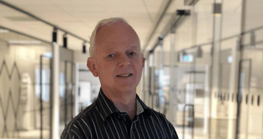 Hans Petter Selstad forteller at de har inngått en avtale med Mowi som leverandør av oppdrettsposer