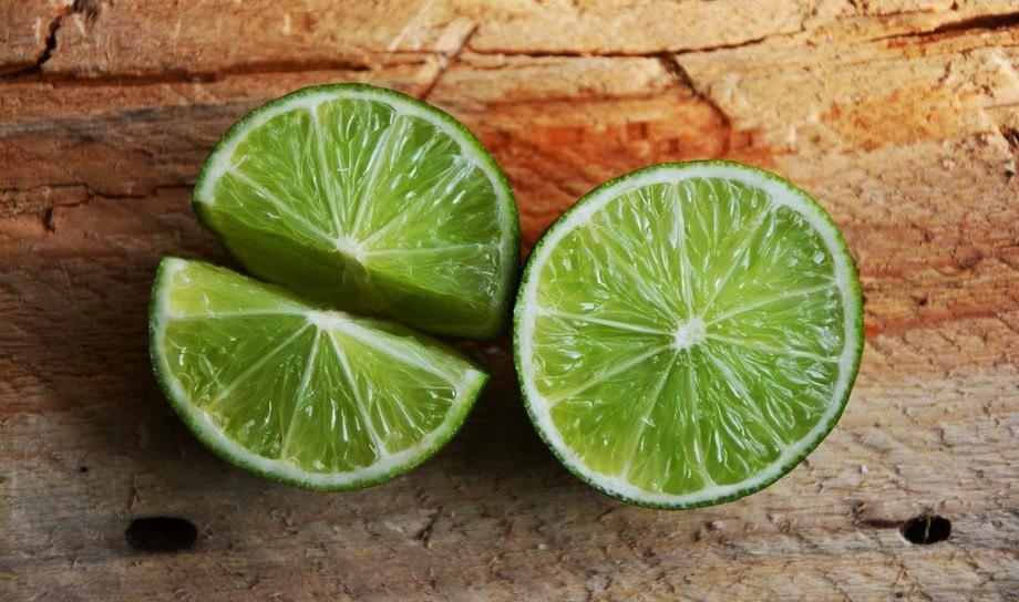 Forskere har forlenget hyllelivet til regnbueørret bl.a. ved å bruke lime. Foto: Pixabay