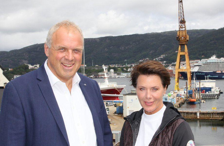 Daglig leder Jonny Arefjord og nyvalgt styreleder Britt Mjellem har det overordnede ansvaret for å forsterke den positive veksten til Endúr Maritime AS. Foto: Endùr Maritime AS