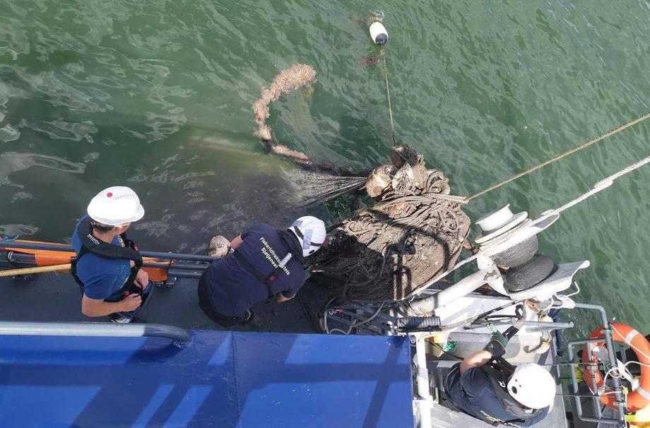 All redskap som ble trukket ble overlevert politiet og forholdet anmeldt. Foto: Fiskeridirektoratet