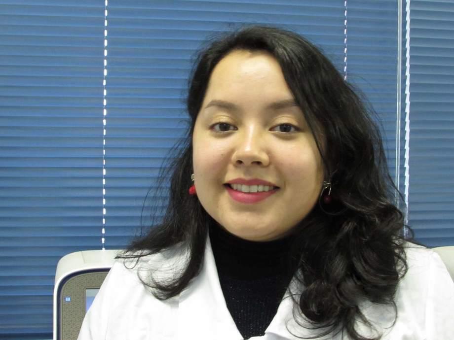 Natacha Santibáñez, estudiante de pregrado de Bioquímica de la UACh e integrante del grupo de estudiantes del Incar. Foto: Incar.