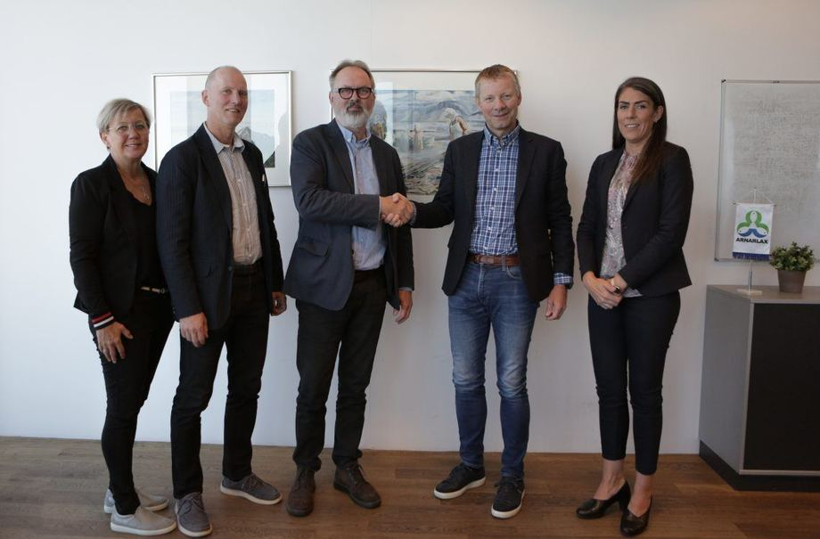 From left: Asdis Palsdottir, project manager; Klemenz Saemundsson, head of the aquaculture department; Olafur Jon Arnbjornsson, principal of the Icelandic College of Fisheries; Björn Hembre, CEO of Arnarlax; Ida Marsibil, human resources manager, Arnarlax.
