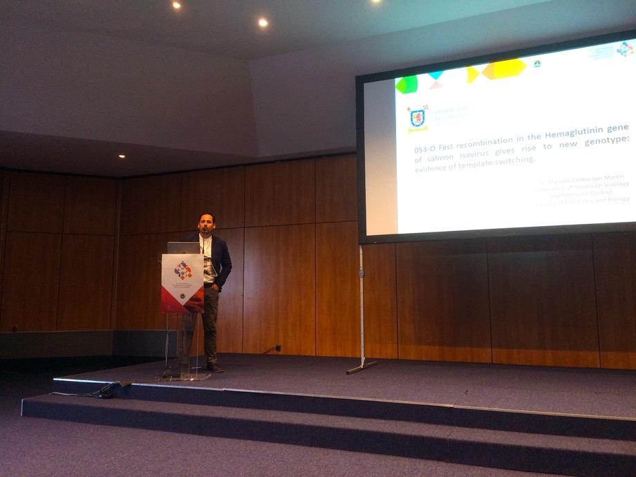 Exposición del Dr. Marcelo Cortez en la 19th International Conference on Diseases of Fish and Shellfish. Foto: Marcelo Cortez.