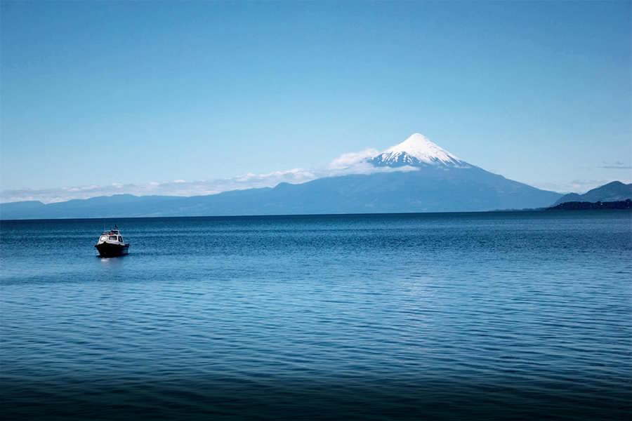 Lago Llanquihue es uno de los lagos declarados libres de virus ISA. Foto: USS.