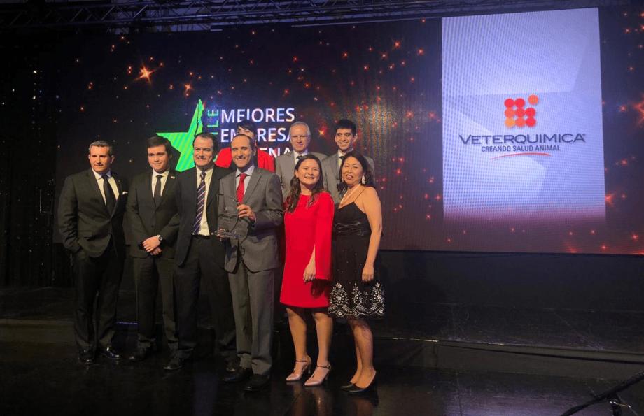El premio mide Estrategia; Capacidades e Innovación; Cultura y Compromiso; Gobierno Corporativo y Finanzas. Foto: Veterquimica.