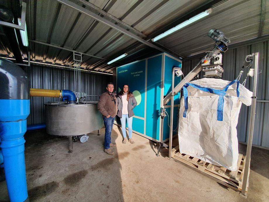 Selskapet har flere samarbeidspartnere i Norge som benytter seg av deres tørkere, en av dem er Helgeland Smolt. Foto: Hallstein Baarset/Waister.