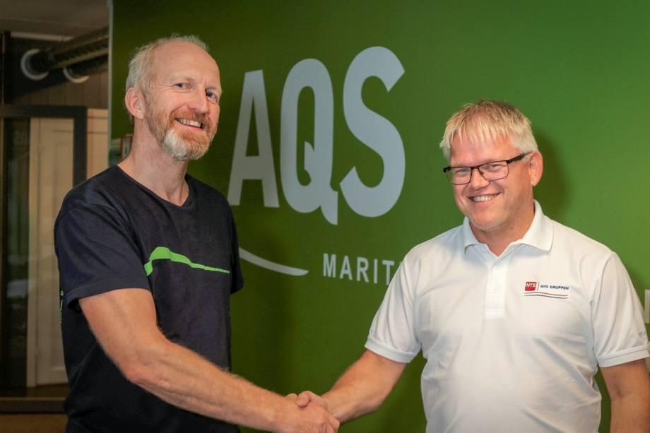 Ove Løfsnæs, daglig leder og eier av AQS, og finanssjef Roar Myhre i NTS ASA. Foto: AQS.