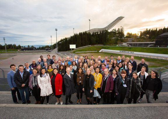 Deltagere samlet til konferansemiddag i Holmenkollen i Oslo. Foto: Joe Urrutia ©Nofima