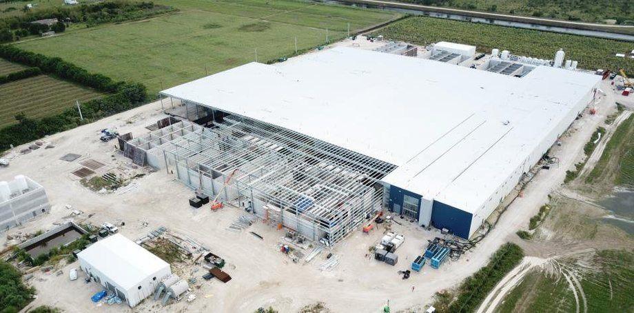Atlantic Sapphire está construyendo una gran instalación terrestre en Miami, Estados Unidos. Foto: Atlantic Sapphire.