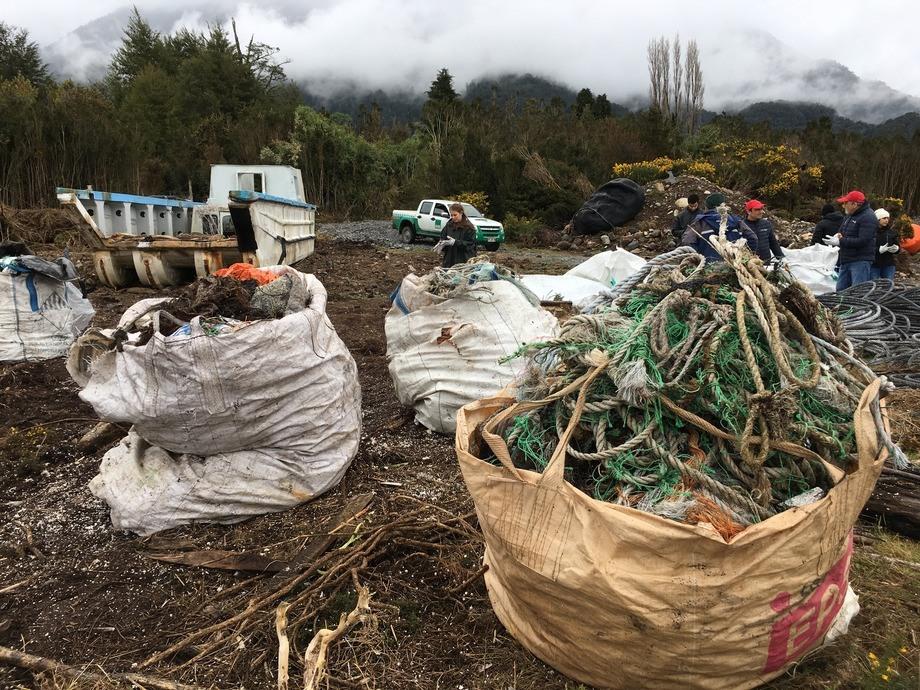 Mitilicultores de la zona valoraron la actividad. Foto: Cargill Chile.