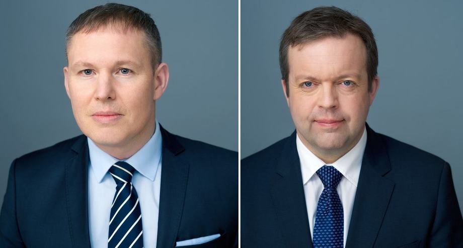 Ivan Vindheim, left, is the new Mowi chief executive following Alf-Helge Aarskog's decision to step down after nearly a decade. Photos: Mowi.