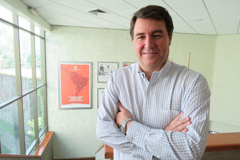 Roberto Arrieta, gerente general de Veterquimica. Foto: Jonathan Garcés, Salmonexpert.