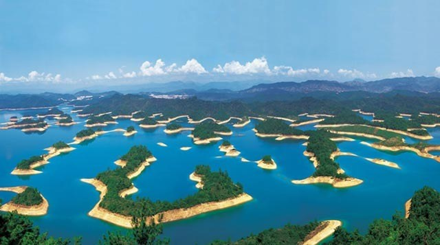 Lago Qiandao en China. Foto: Ruta 33.