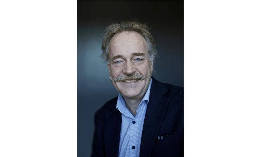 Nils Aadland, samfunnskontakt i Salmon Group, er kritisk til en innføring av ny skatt på oppdrettsnæringen. Foto: Salmon Group