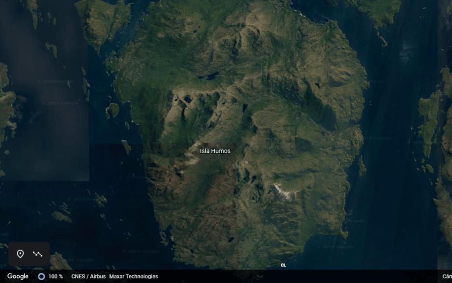 La embarcación se hundió en las cercanías de las Isla Humos. Imagen: Google Hearth.