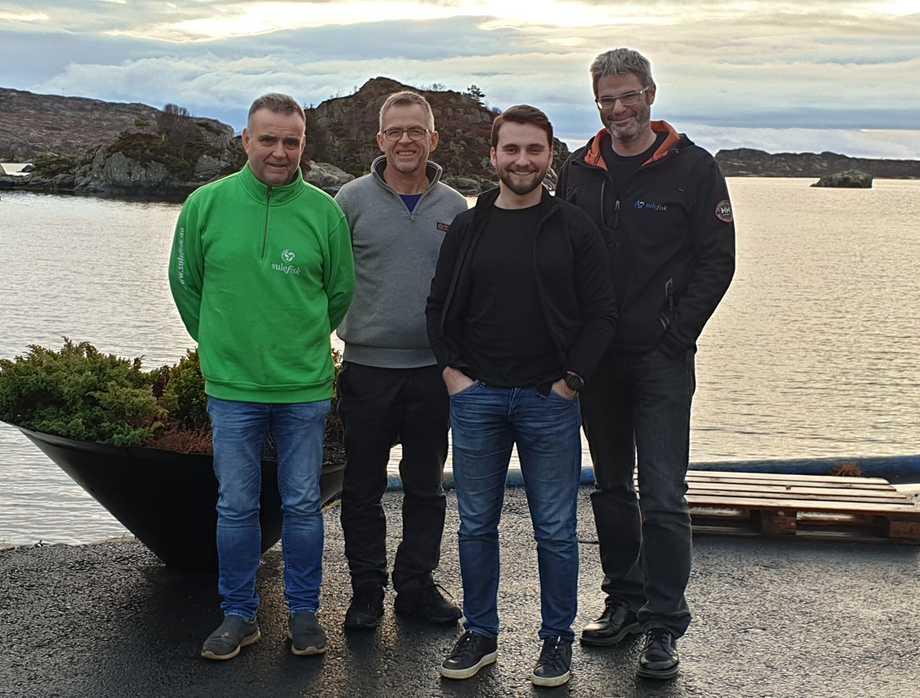 Fra venstre: Eivind, Øystein, Michael frå Sulefisk og Viktor Finseth fra Moen Marin. Foto: Sulefisk