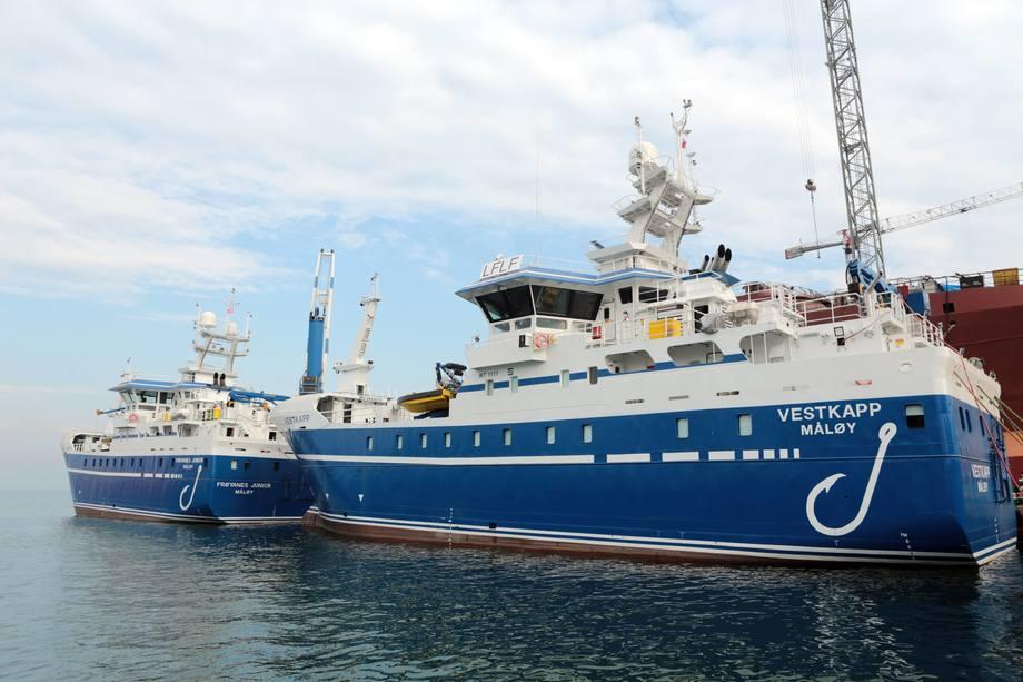 De helt like fartøyene MS «Vestkapp» og MS «Frøynes Junior» er levert til Ervik Havfiske. Foto: Tersan Shipyard