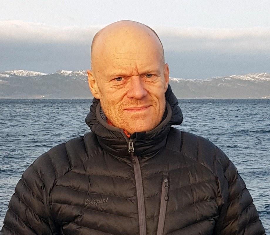 Ketil Rykhus går fra 13. februar inn i en nyopprettet stilling som samfunnskontakt i SinkabergHansen. Foto: SinkabergHansen