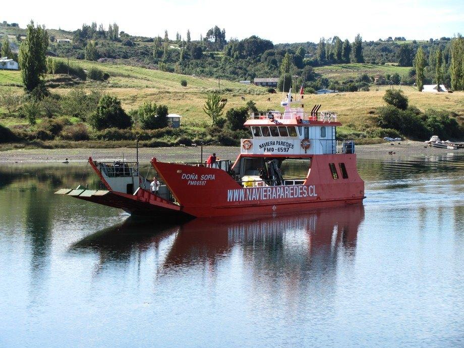 Embarcación menor. Foto: Naviera Paredes.