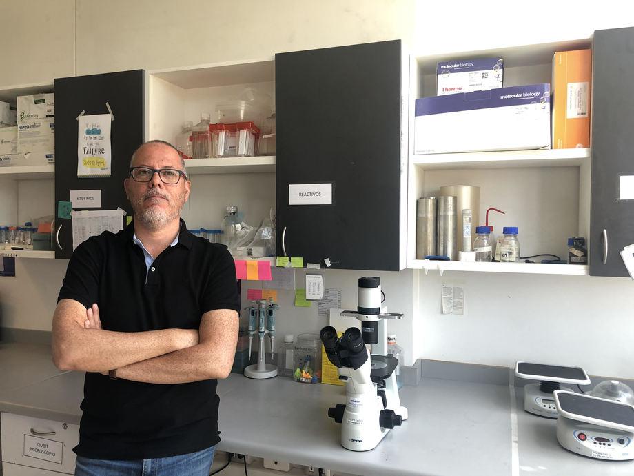 Dr. Kevin Maisey, profesor asistente del Centro de Biotecnología Acuícola (CBA), de la Universidad de Santiago de Chile (Usach). Foto: Cedida.